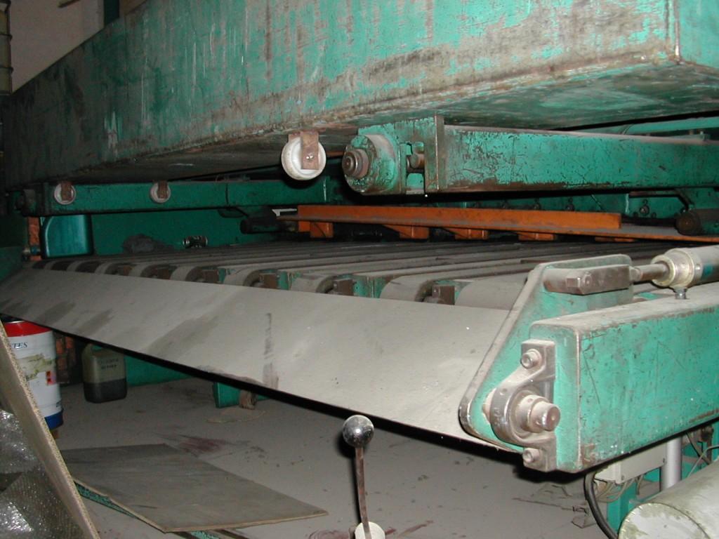 CizallaHidraulicaTafelschere3000x6mm (1)