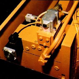 PlegadoraElectronicaAjialBeyeler4000x125_ServoValvula