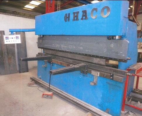 Plegadora hidráulica Haco 3.000x135t CNC 2 ejes.